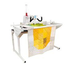 Quiltovací stroj s dlouhým ramenem Janome Quilt Maker Pro 16