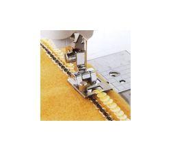 Patka pro našívání flitrů a stužek pro šicí stroje do 7 mm