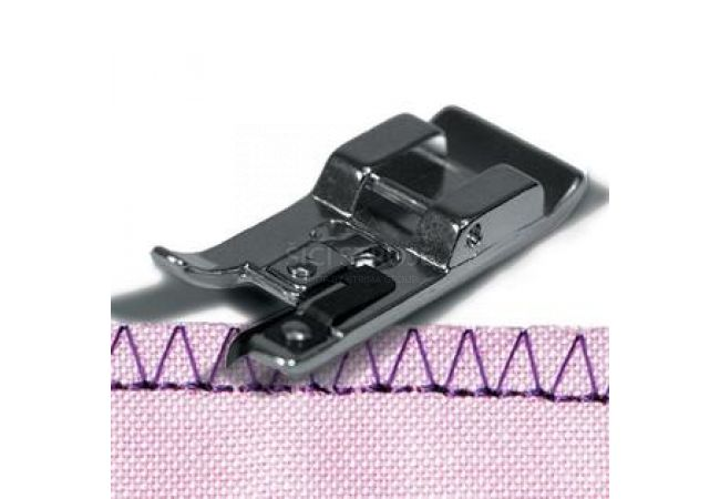 Patka overlocková pro šicí stroje do cik caku 6 mm (E)